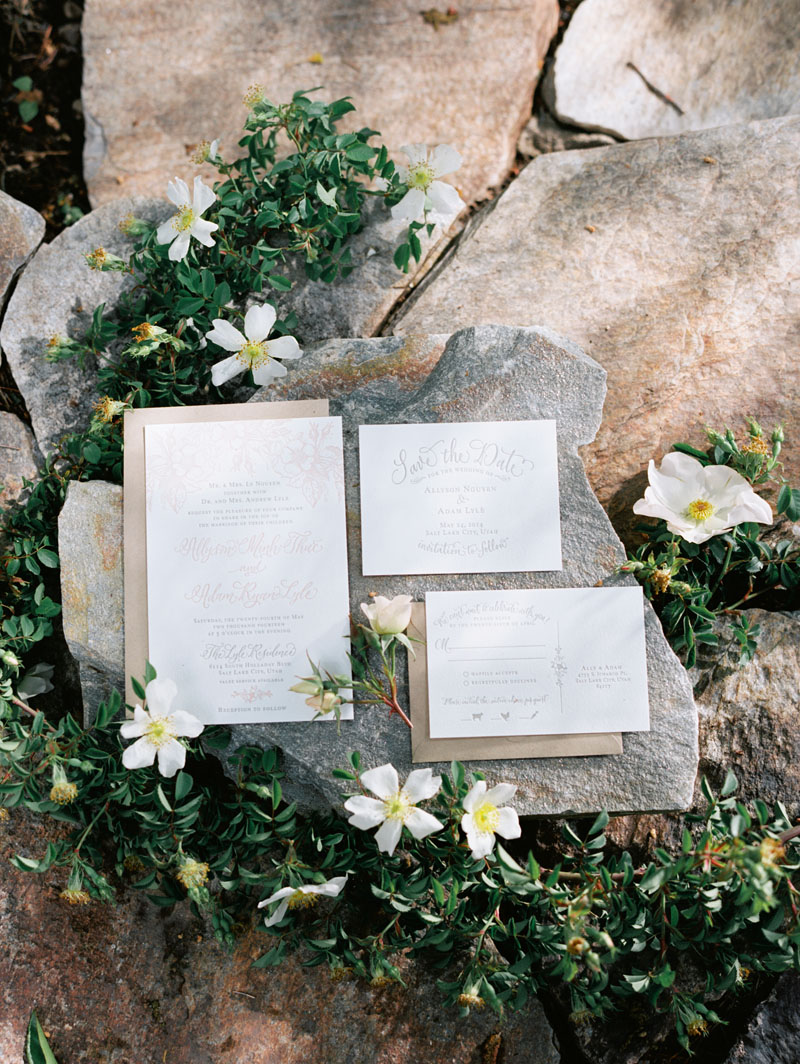 forest wedding ideas Archives - Honey of a Thousand Flowers
