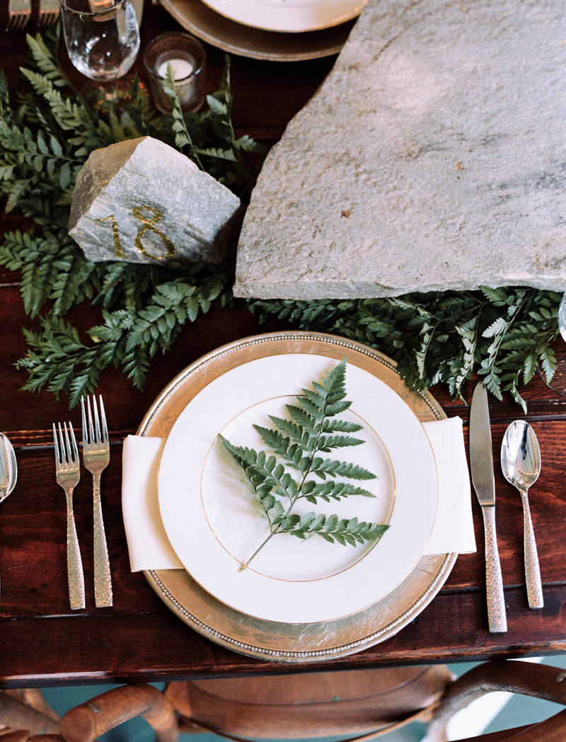 forest-wedding-table-ideas