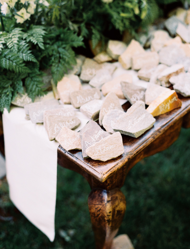 stone-seating-card-ideas
