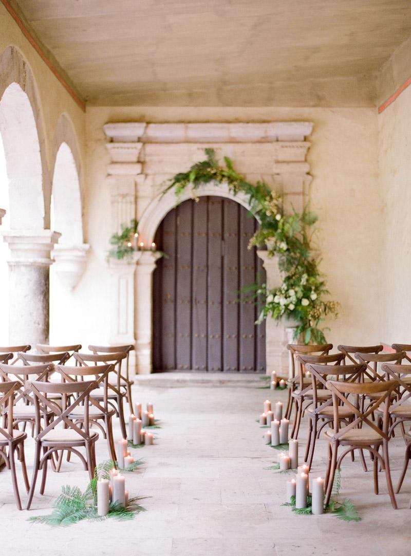 wedding-ceremony-garland-ideas