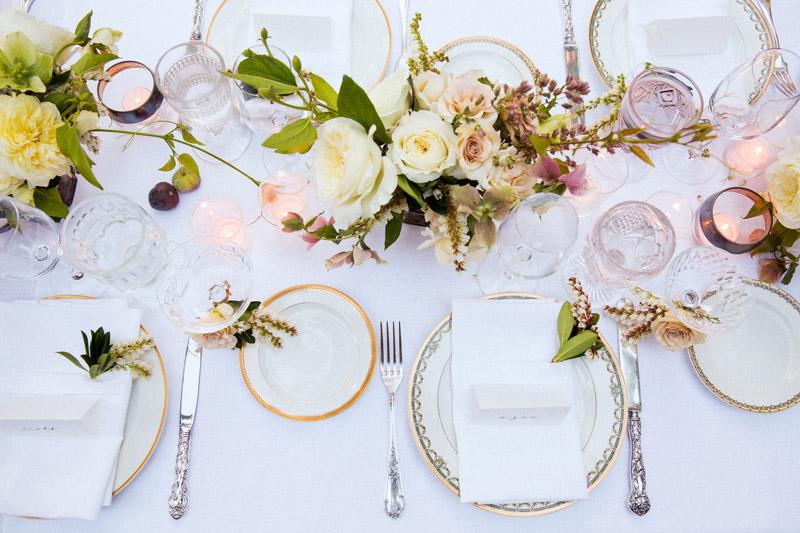 gold-classic-wedding-ideas