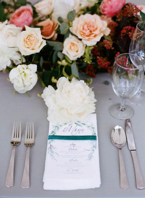 peach-wedding-flower-ideas