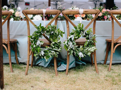 wreath-chair-treatment-ideas