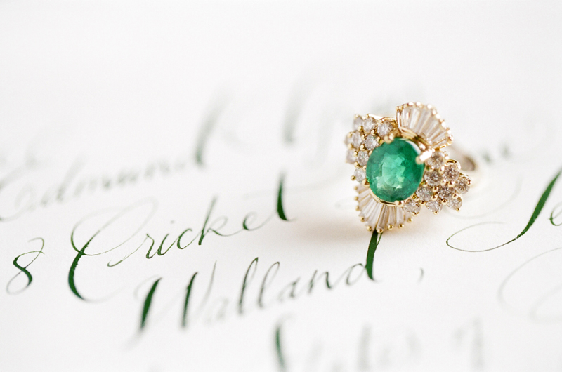 emerald-wedding-rings
