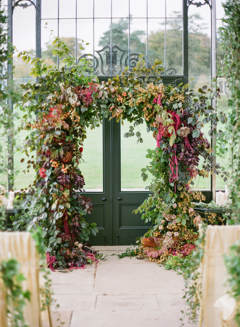 fall-inspired-wedding-ceremony