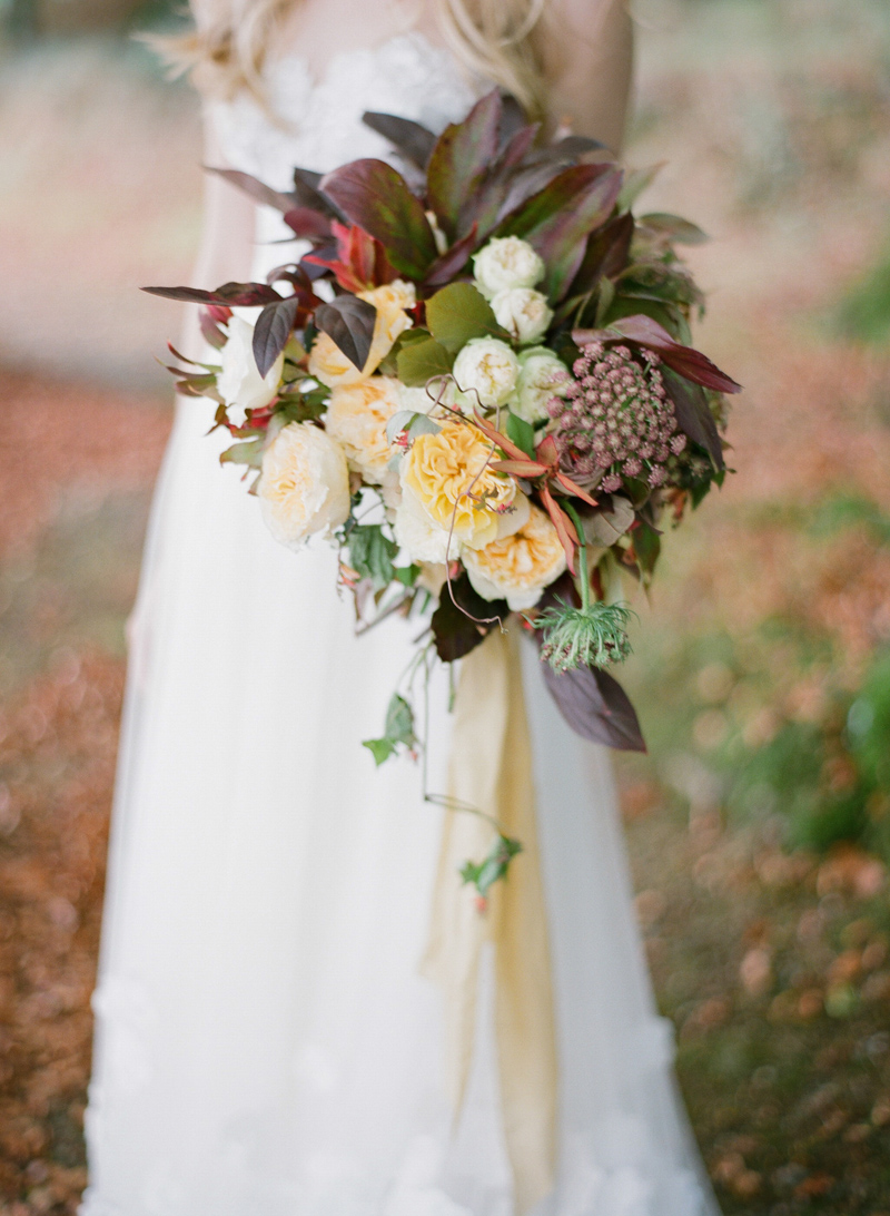 foraged-wedding-bouquet-ideas-by-sarah-winward