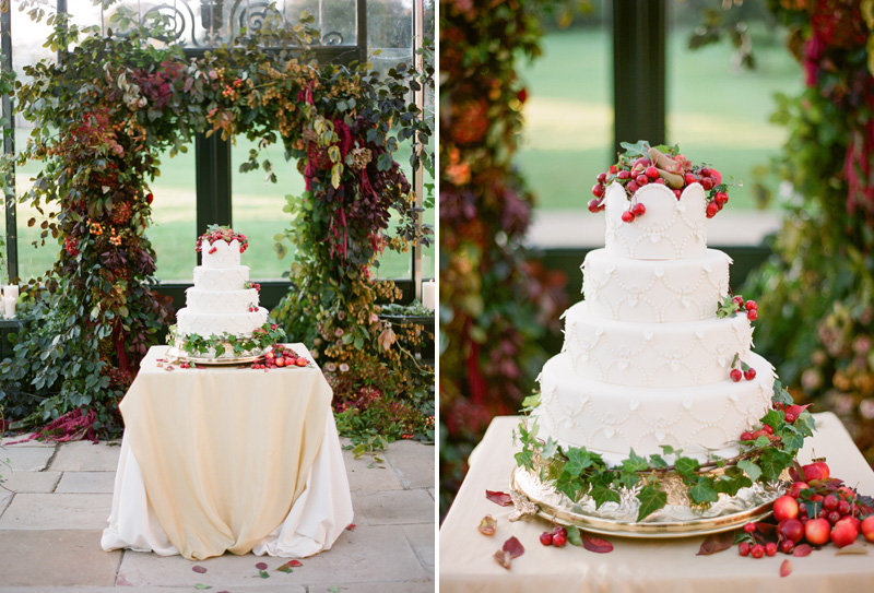 wedding-cake-with-red-accents-by-sarah-winward