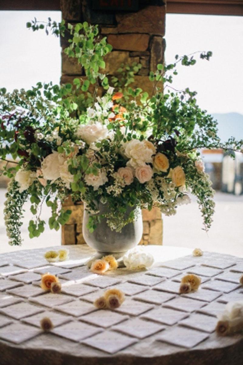 jacksonhole-wedding-florist-sarah-winward15